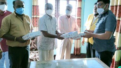 लायन्स क्लबद्धारा गजेन्द्रनारायण सिंह अस्पताललाई चार सय भिटिएम किट प्रदान