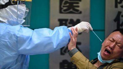 चीनमा मलद्वारबाट कोरोना परीक्षण गरिँदै