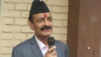 कांग्रेस नेता जोशीलाई भेन्टिलेटरबाट निकालियो, बायाँ भाग पनि चल्न थाल्यो