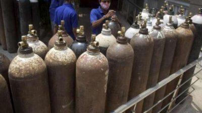 आपत्तकालीन प्रयोगका लागि प्रदेशमा १०००, विभागमा २००० अक्सिजन सिलिण्डर भरेर…