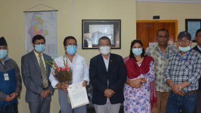 नेपाल क्यान्सर अस्पतालका कार्यकारी अध्यक्ष डा. सुदिप श्रेष्ठ सम्मानित