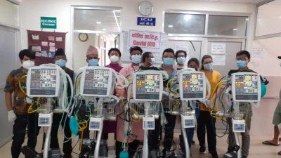 कोभिड–१९ संक्रमण घट्दै, स्वास्थ्य सामाग्री र उपकरण जुट्दै